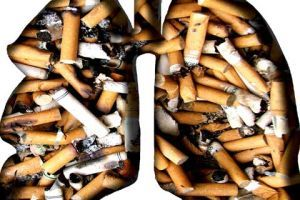 How does being a smoker effect on spine health